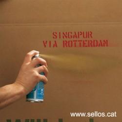 Per cobrir marques i reutilitzar cartrons i caixes de fusta